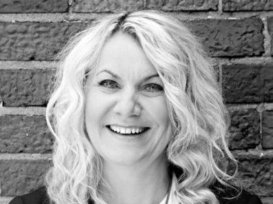 Claudia Pohlink, Telekom Headshot
