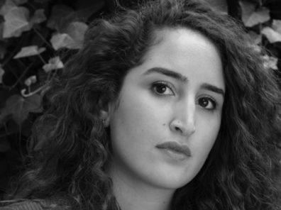 Hana Ahriz, Travelogue Headshot